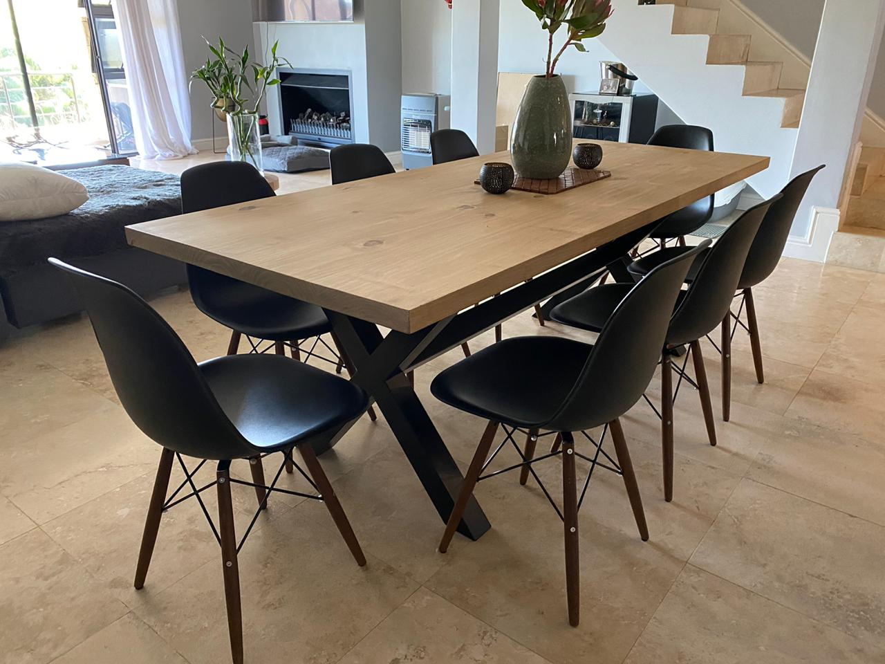 Steel legs dining room table