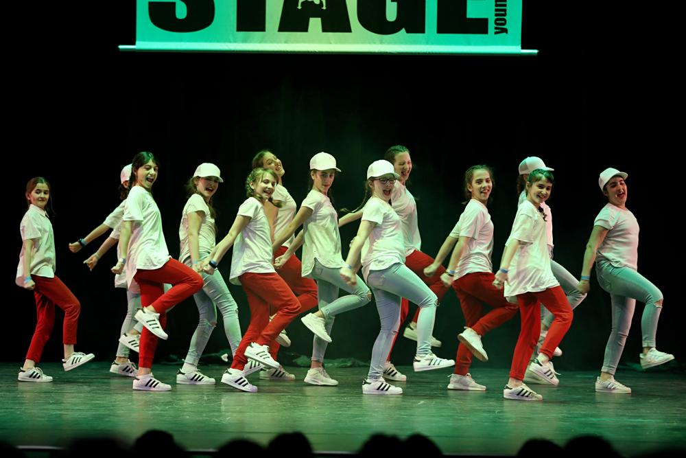 2019-03-23-Juniors-On-Stage-1238