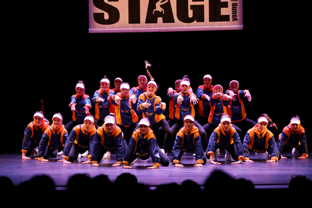 2018-Juniors-On-Stage-1521
