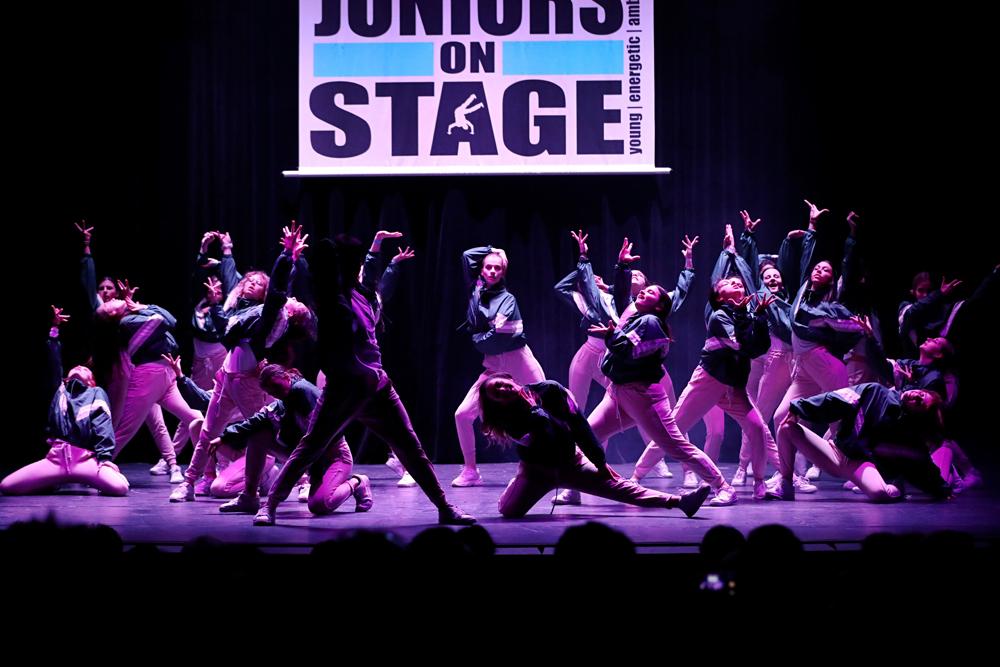 2019-03-23-Juniors-On-Stage-1717