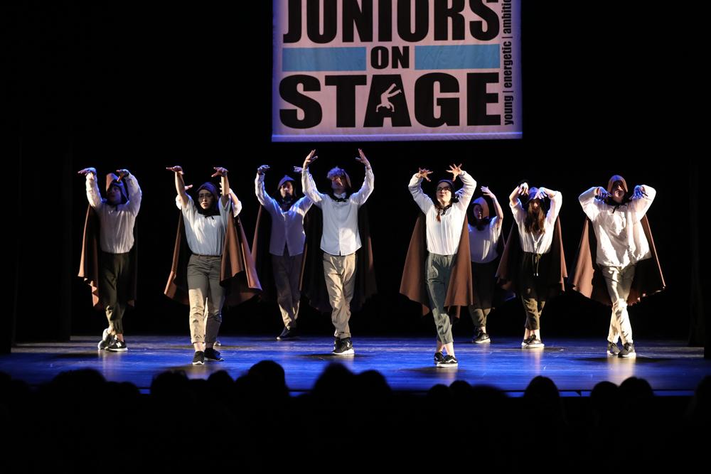 2018-Juniors-On-Stage-1764