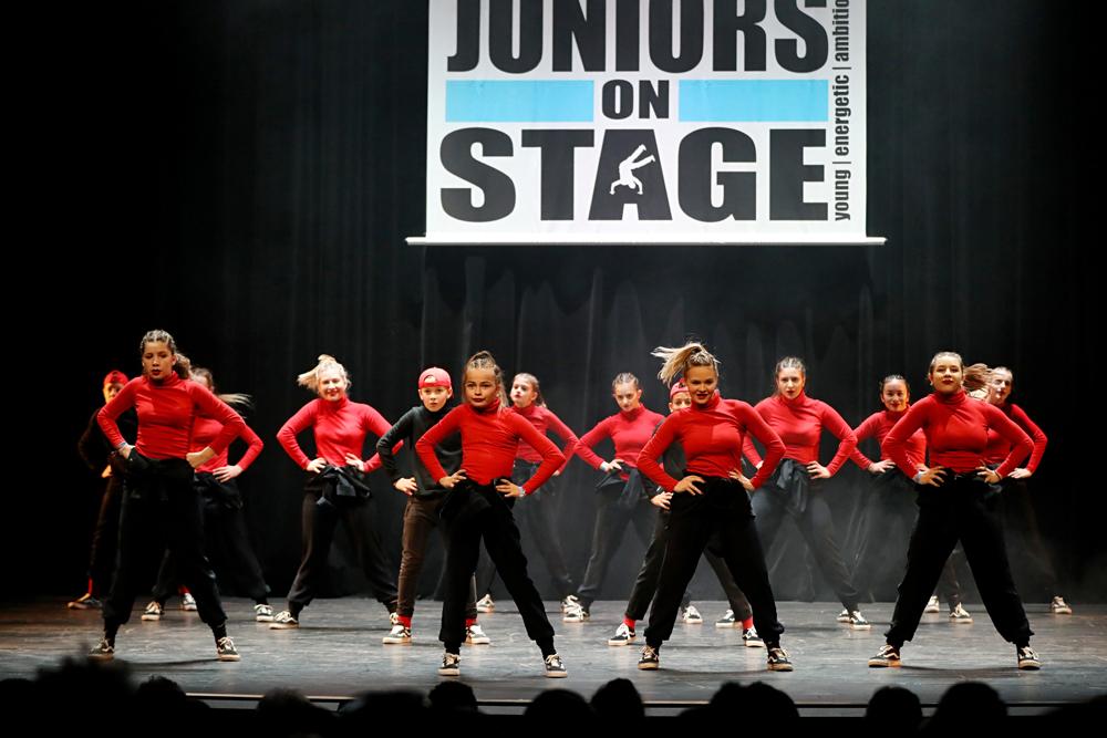2019-03-23-Juniors-On-Stage-1097