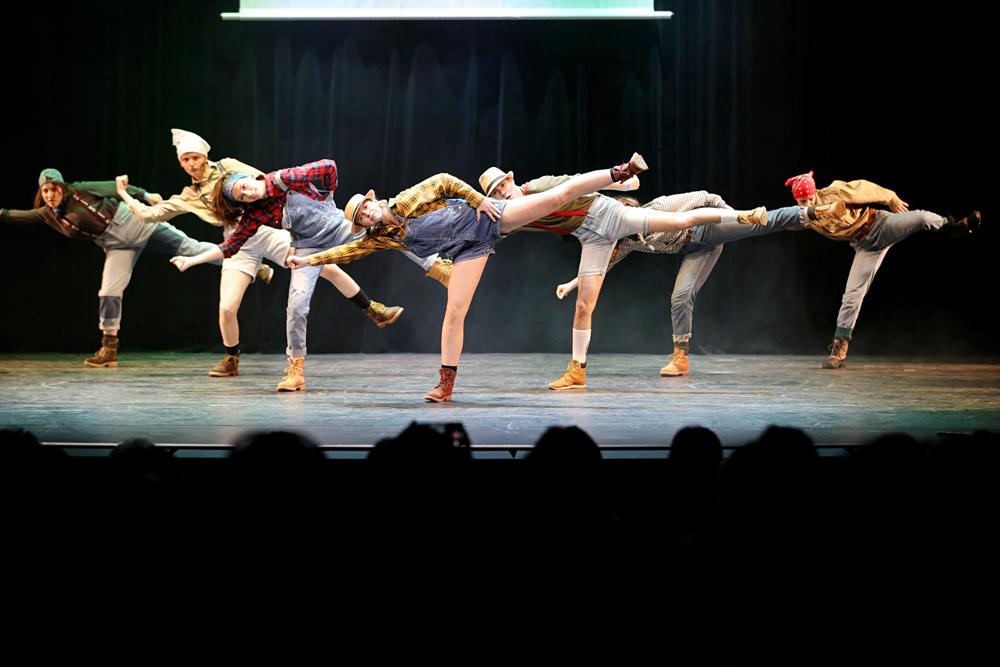 2019-03-23-Juniors-On-Stage-1828
