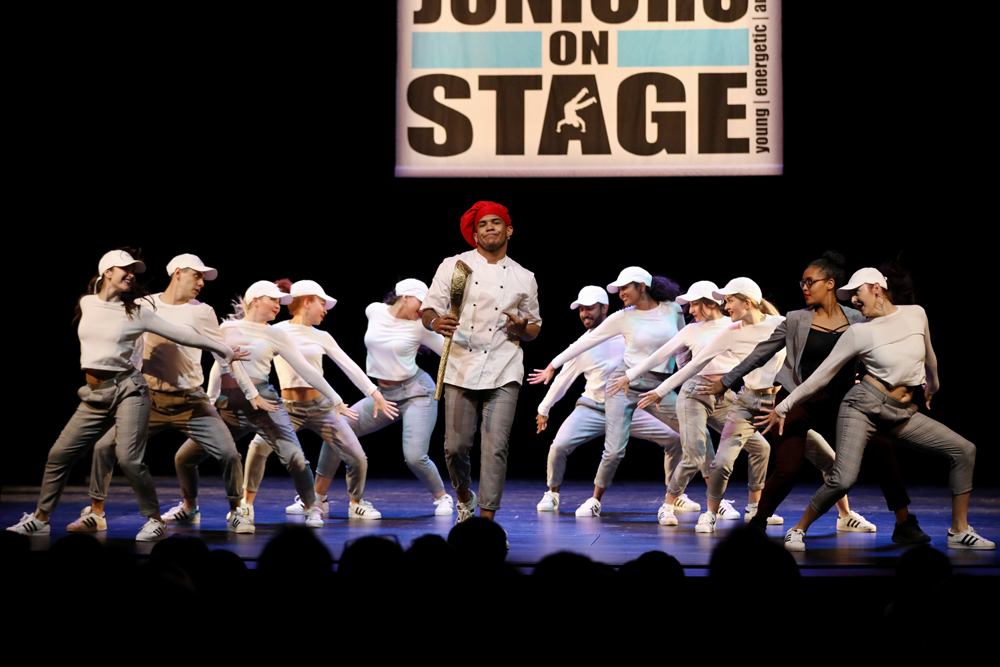 2018-Juniors-On-Stage-1691
