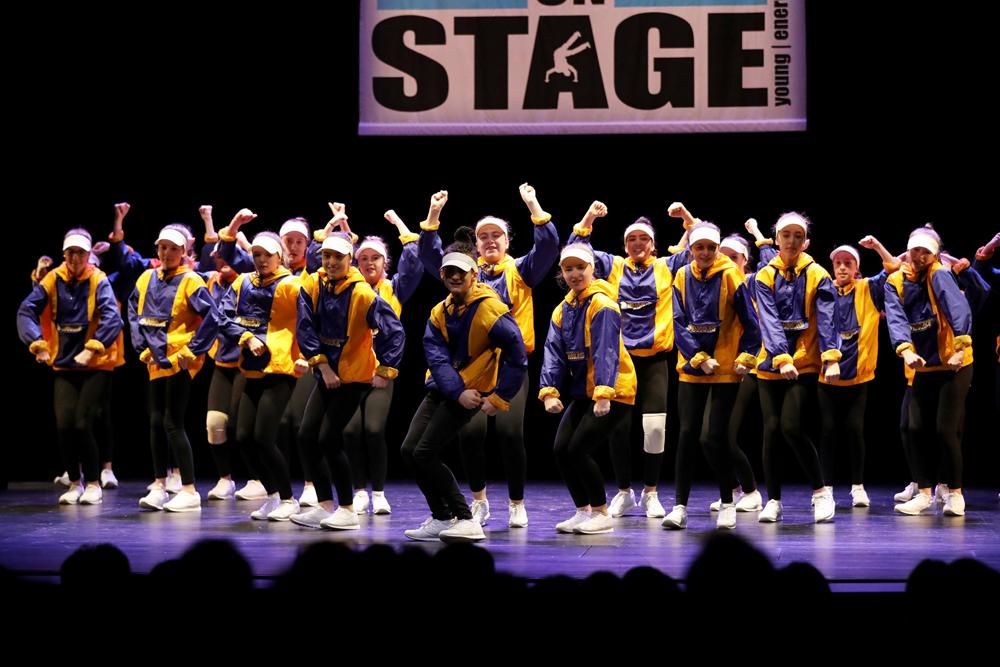 2018-Juniors-On-Stage-1544