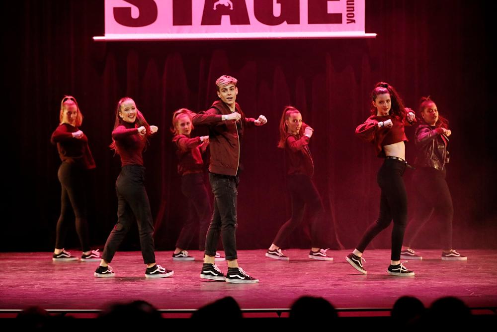 2019-03-23-Juniors-On-Stage-1746