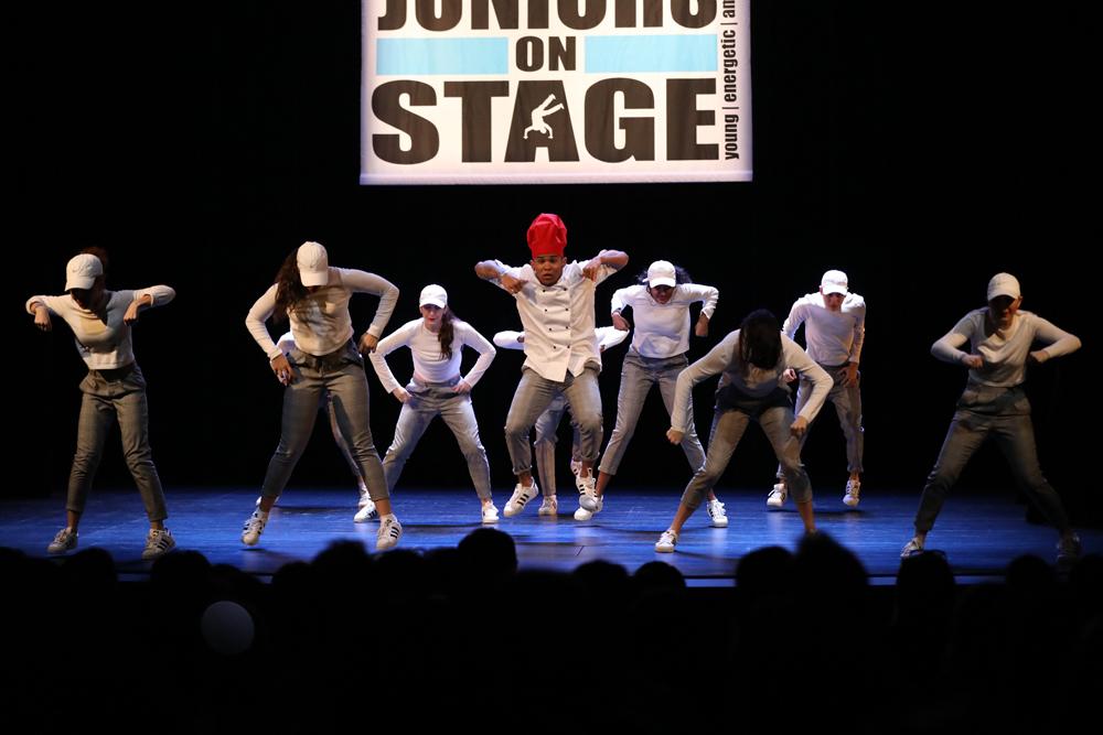 2018-Juniors-On-Stage-1655