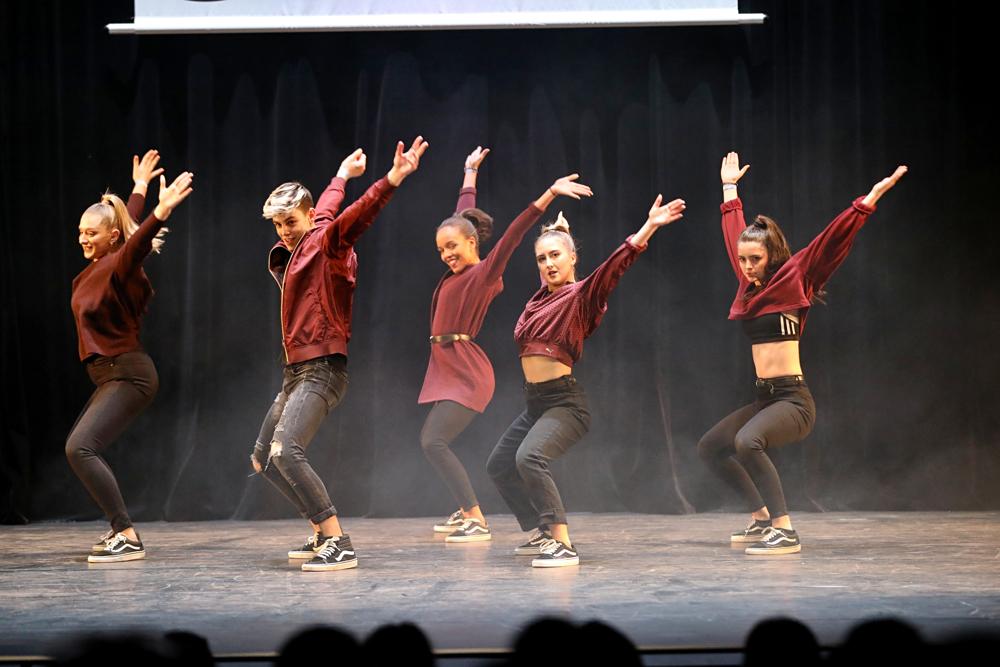 2019-03-23-Juniors-On-Stage-1728