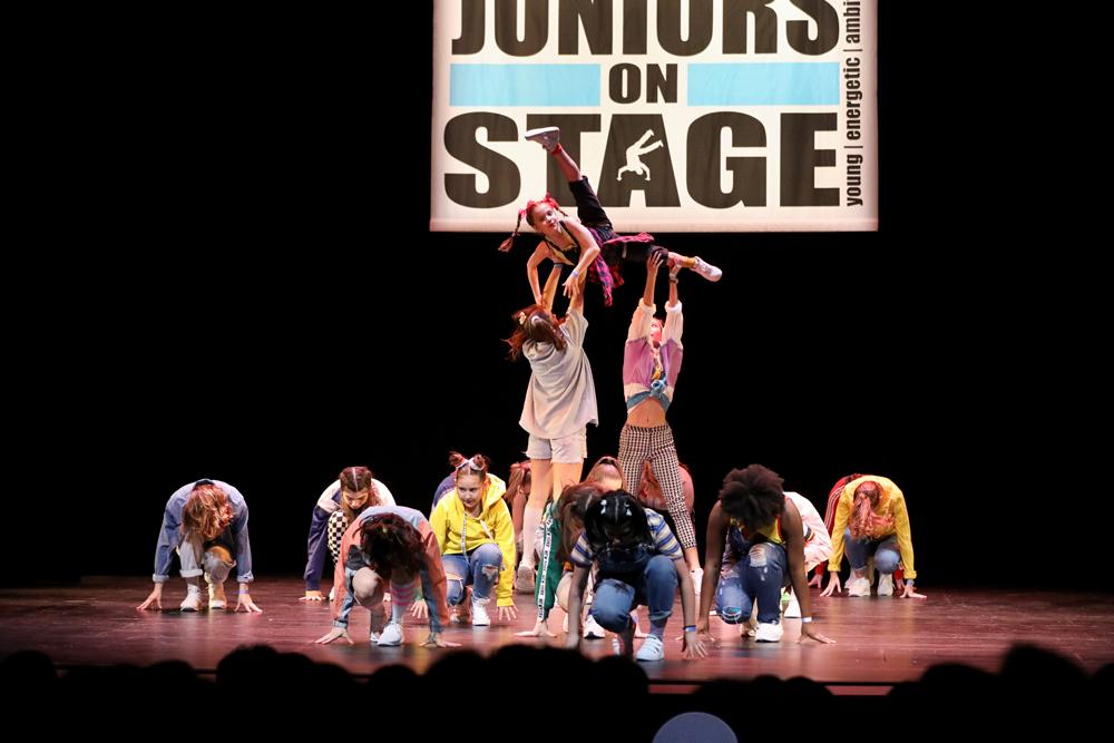 2018-Juniors-On-Stage-1462