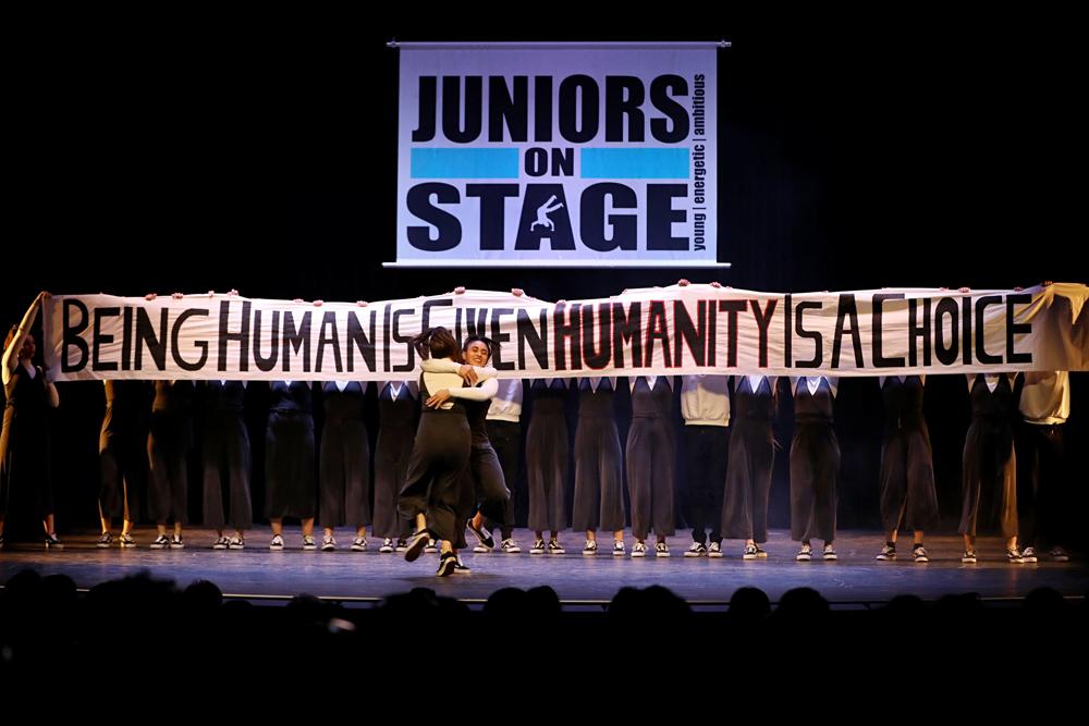 2019-03-23-Juniors-On-Stage-1670