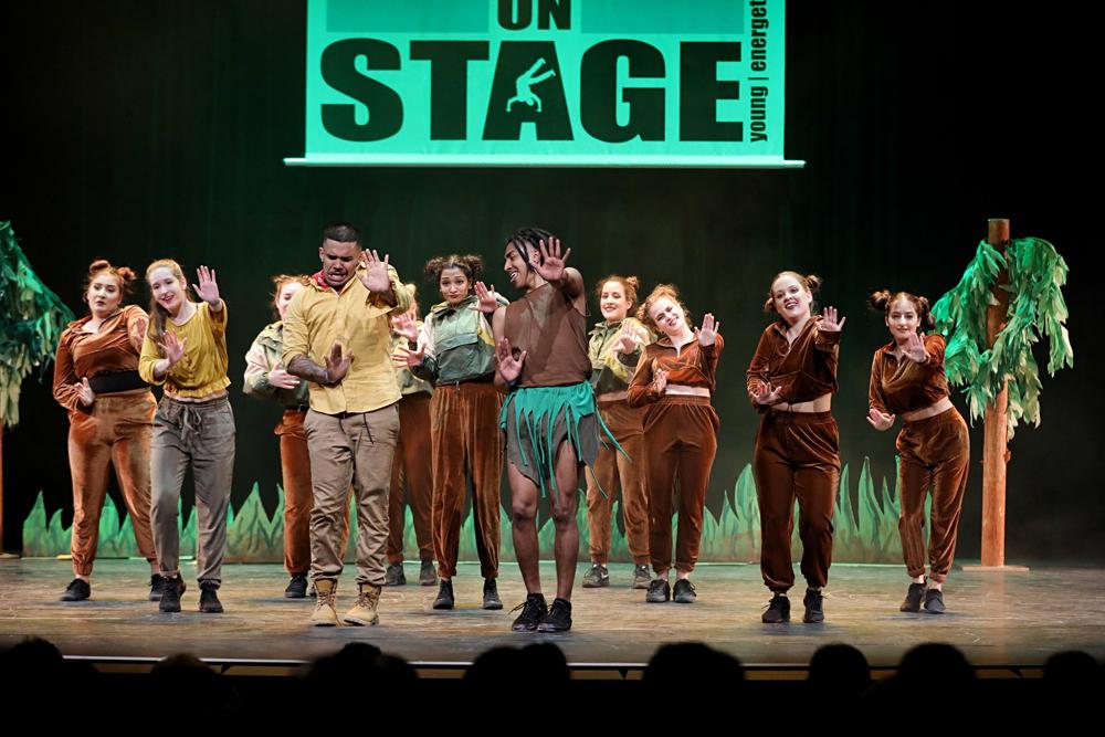 2019-03-23-Juniors-On-Stage-1811