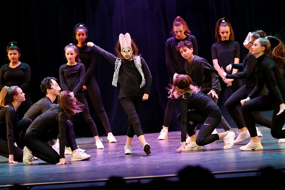 2019-03-23-Juniors-On-Stage-0215