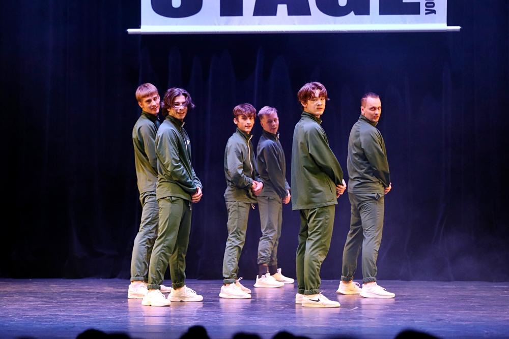 2019-03-23-Juniors-On-Stage-1071
