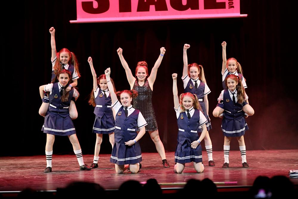 2019-03-23-Juniors-On-Stage-1921