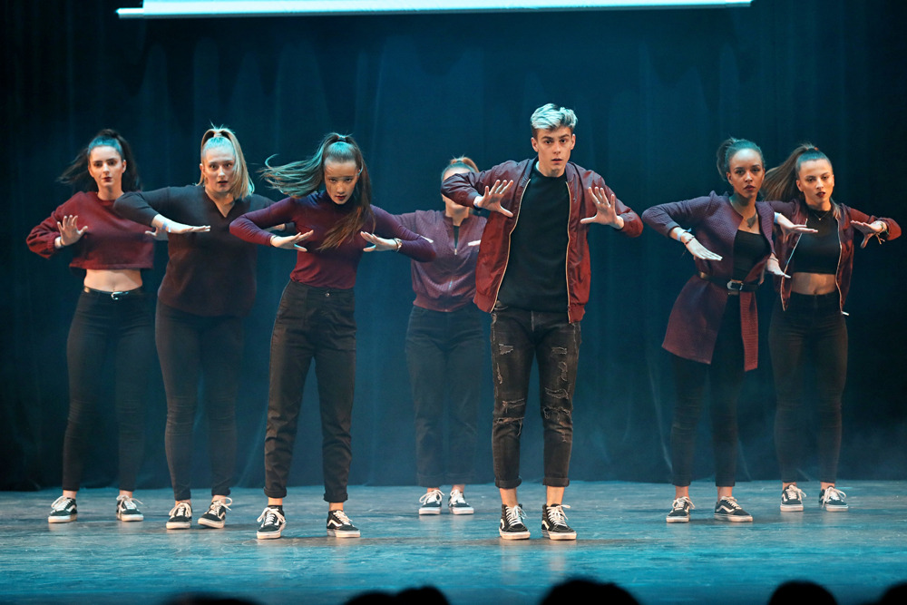 2019-03-23-Juniors-On-Stage-1755
