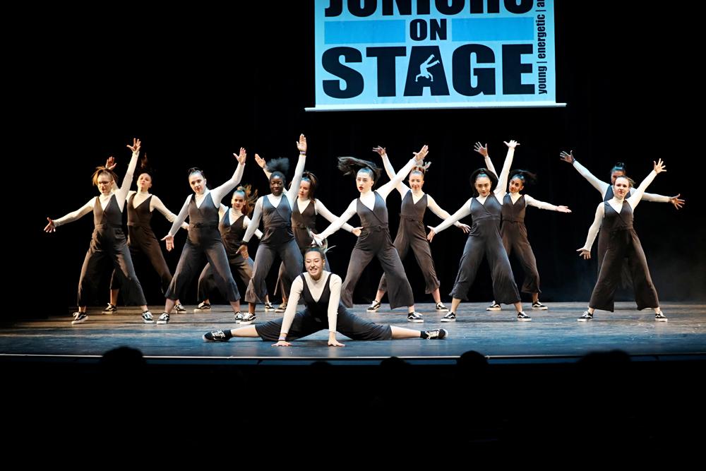 2019-03-23-Juniors-On-Stage-0600