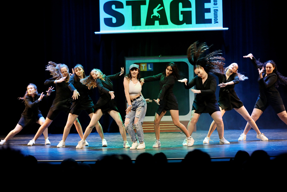 2019-03-23-Juniors-On-Stage-1594