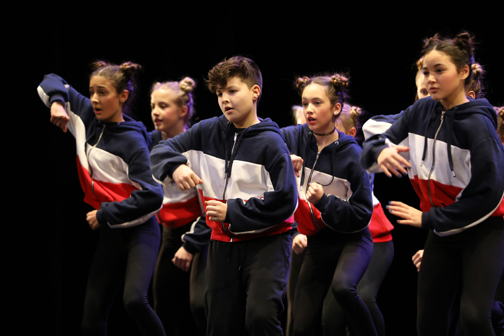 2018-Juniors-On-Stage-1236