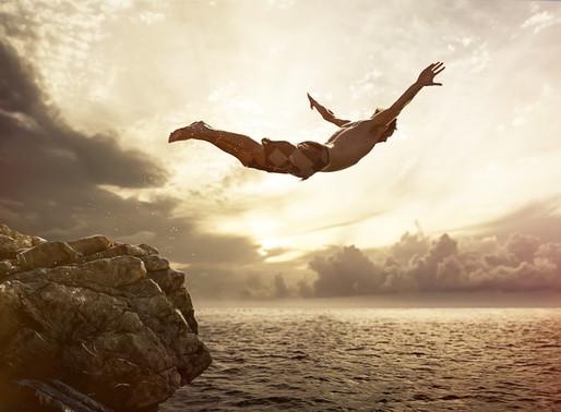 Cesaret, bilinmeze atlamak ve hata yapma özgürlüğü hakkında sorular, sadece sorular