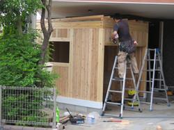 合板をはり垂木で屋根勾配をとります。