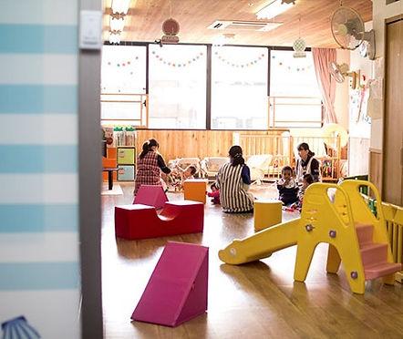 佐世保の人気保育園の教室