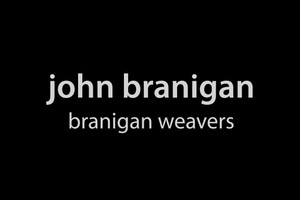 JOHNBRANIGAN ジョンブラニガンはストール、マフラー、コートなどのアイテムを作り続けている歴史あるニットブランドです