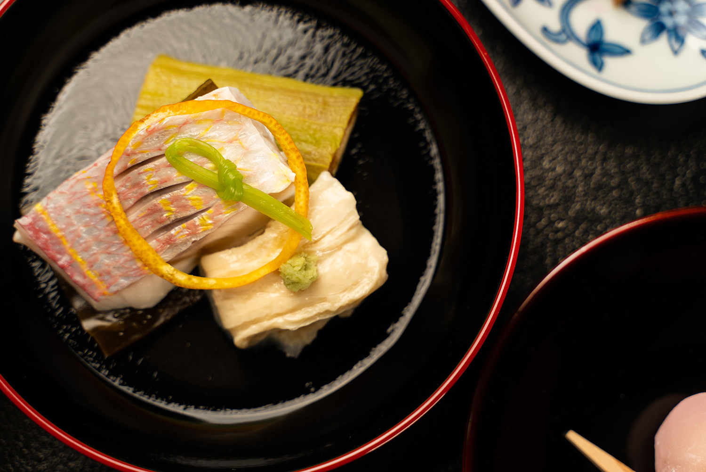 老舗料亭の料理撮影 | 福岡の写真事務所