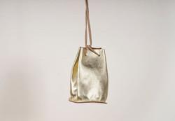 VICE VERSA(バイスベルサ)のバッグを仕入れ可能