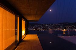 彩度をあげた夜景の写真撮影|福岡のプロカメラマン