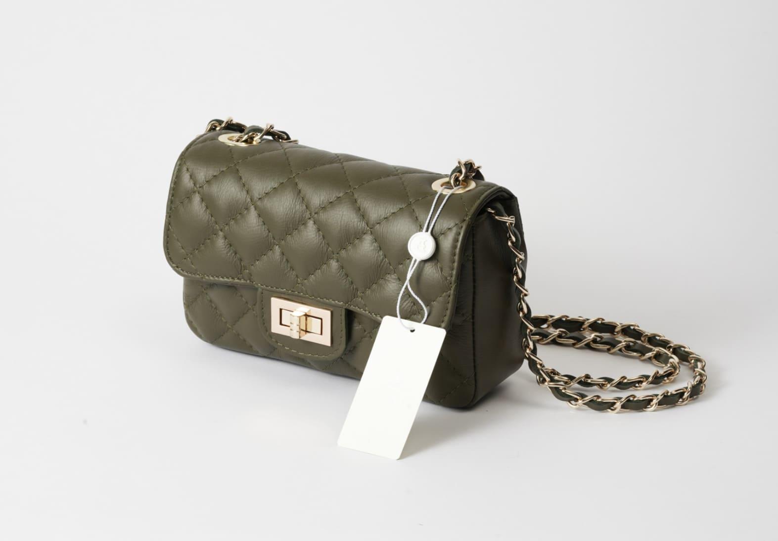 ニュアンスカラーのAULENTTIのバッグをセムインターナショナルが輸入して販売