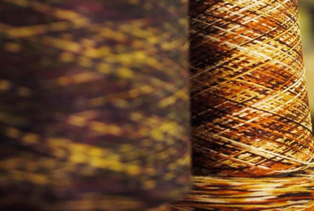Tricot Jean Marcは1972年にパリ近郊に生まれまたファミリー企業です。素材となる糸は、フランスとイタリアのクオリティの高い業者のものだけを厳選して使います。