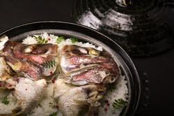トップライトで土鍋の鯛めしをマクロ撮影