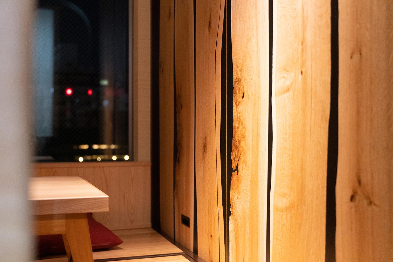 中洲の夜景を見ながら食事|福岡の建築カメラマン