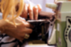 職人によって丁寧に作られたウェアはゆったりとしたサイズ感とやさしい風合いがポイントで、きっとお気に入りになるはず。