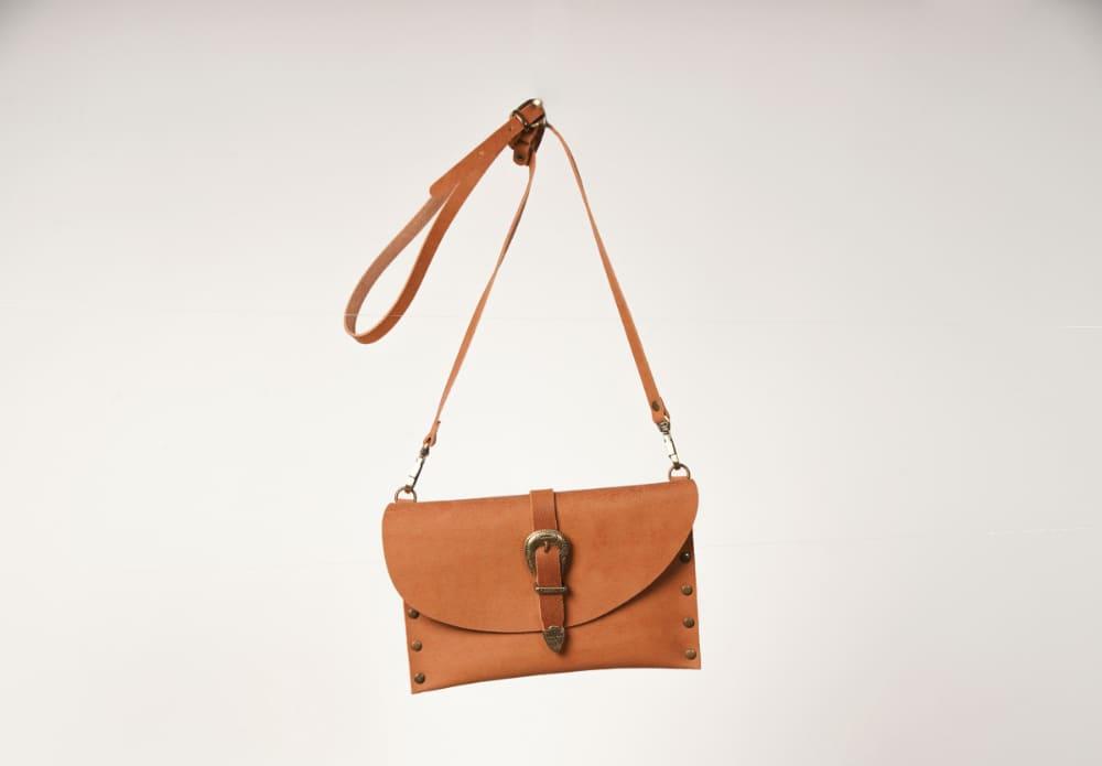 【VICE VERSA/バイス ベルサ】の使い勝手の良いバッグ