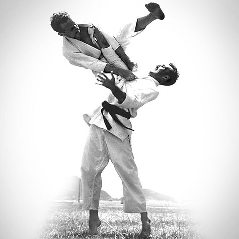 Carlos-And-Helio-Gracie.jpg