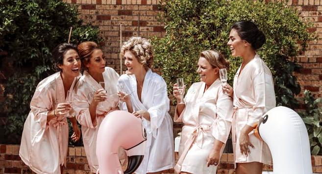 bridalpartychampagne.jpg