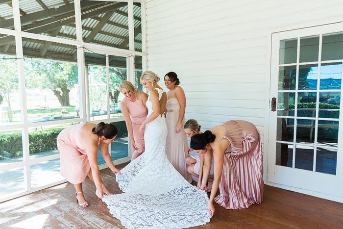 rustic-country-wedding-dresses.jpg
