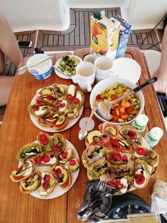 Avacado, tomato on toast.jpg