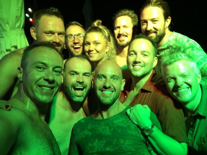 gay sailing night life