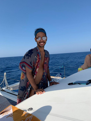 gay sailing mykonos
