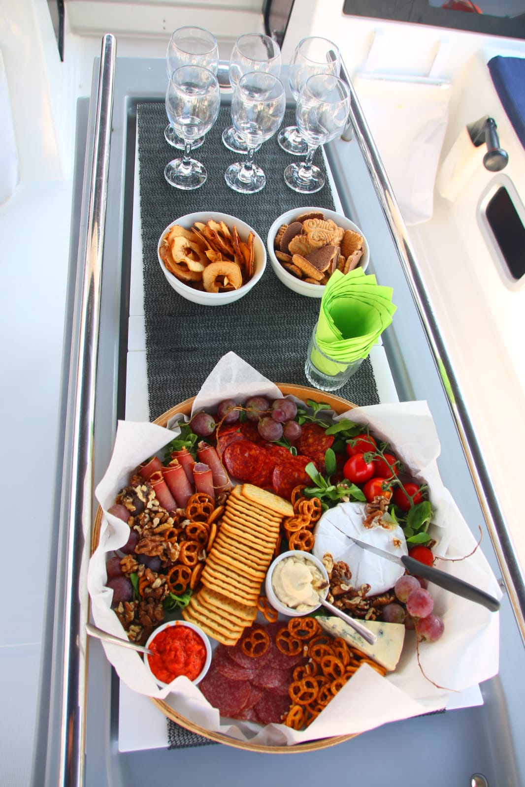 Welcome meze platter