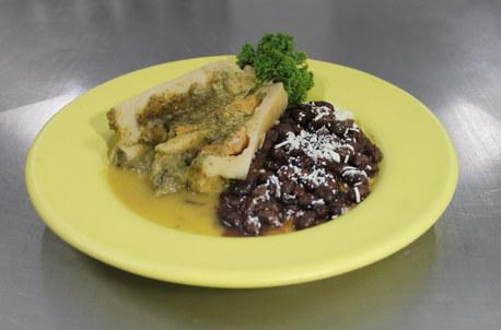 Nuestro tradicional Tamalito de Balbuena Verde con pollo.