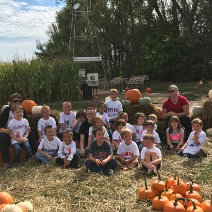 School Fieldtrip to Pumpkin Patch