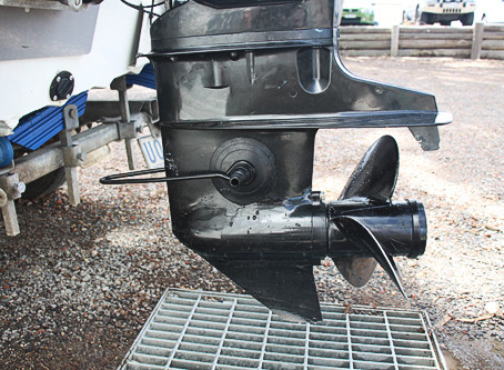 How to flush your outboard motors (properly) in 5 easy steps
