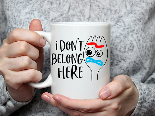 I don't belong here mug
