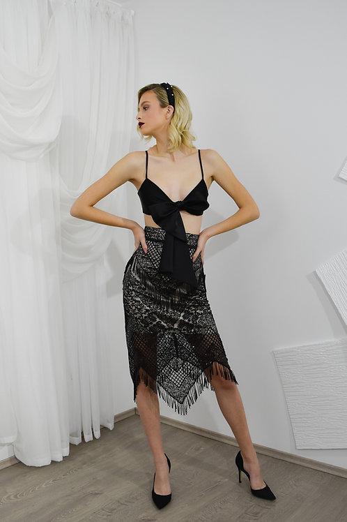 Čipkasta suknja