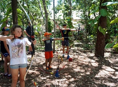 archery-teambuilding-activity2-456x337.j