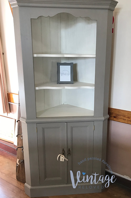pine corner unit in French Linen