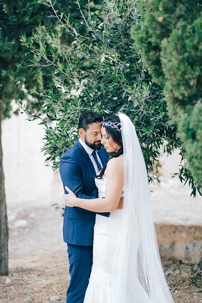 Natural-Alfresco-Wedding-in-Crete-HannaMonika-Photography-138
